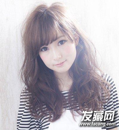 【图】韩式女生中发烫发发型 万能棕色最ok_中长发型_发藏网图片