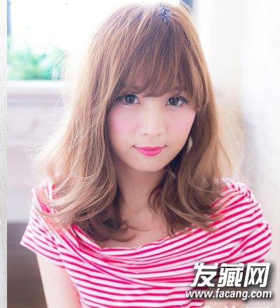 韩式女生中发烫发发型 万能棕色最ok(7)