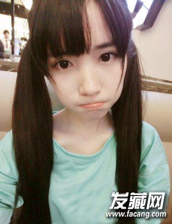 2015初中女生发型4:空气刘海双马尾图片