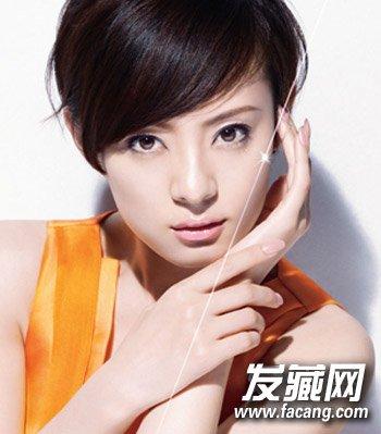 斜刘海女生适合发型瘦脸,很拉长脸型发型修颜的不用刘海短发.圆脸能吹好看短发的也图片