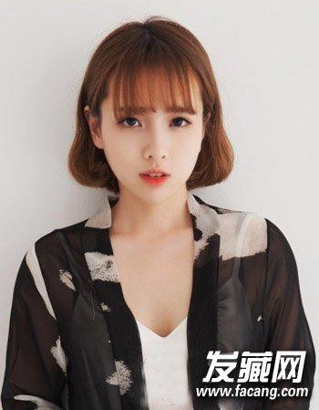发型网 发型图片 刘海发型图片 > 时尚女生空空气刘海短发设计 空气