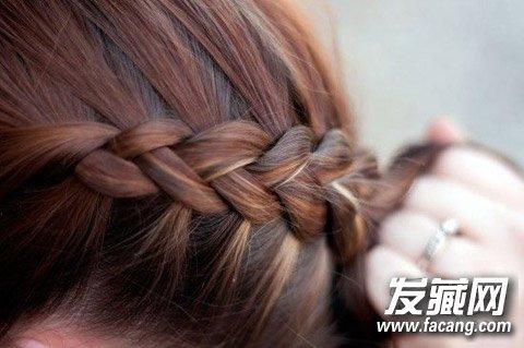 发型网 发型设计 麻花辫发型 > 编头发的步骤及图片 教你编花式麻花辫