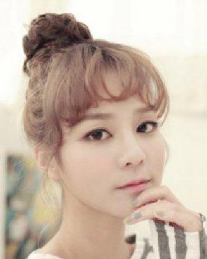 2015韩国可爱发型女 发型堪称可爱范本
