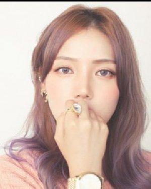 甜美知性的韩式长发发型 韩式发型好养眼