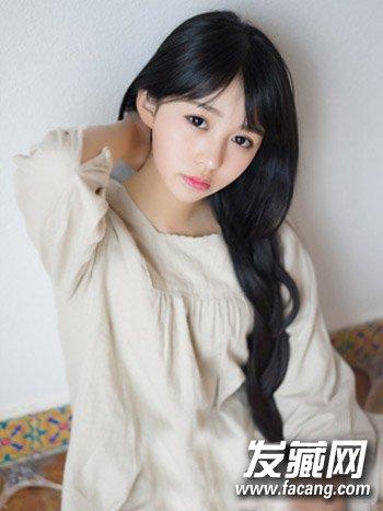 气质齐刘海长直发发型 学生妹最新可爱发型推荐(2)图片