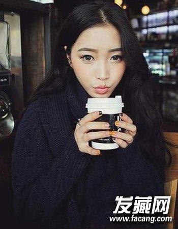 简单知性的齐肩卷发发型 韩妞示范最in时尚发型(9)