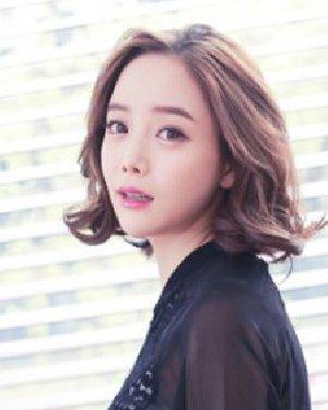 韩式短发外卷发型 短发梨花头优雅减龄