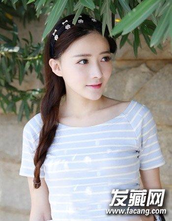 小脸女生适合的发型图片 气质的韩式中长发发型(3)