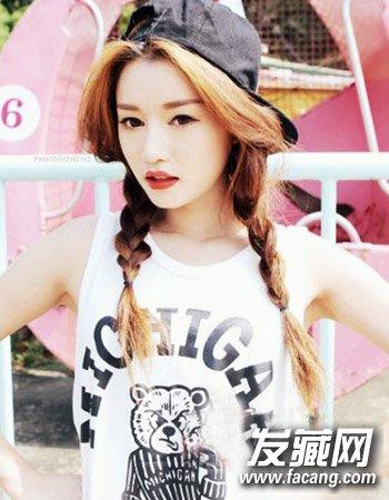 韩式双麻花辫编发发型 甜美扎发彰显时尚个性