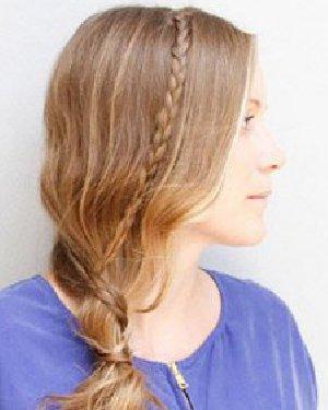 侧边扎发发型最显婉约气质 侧边低马尾编发扎法图解