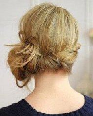 如何自己梳一款简单的盘发? 再现波西米亚风