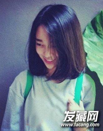 2015女学生短发发型图片 轻松扮靓校园风(3)