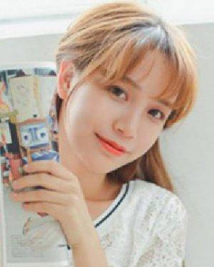 韩式刘海超百搭 最新空气刘海发型图片