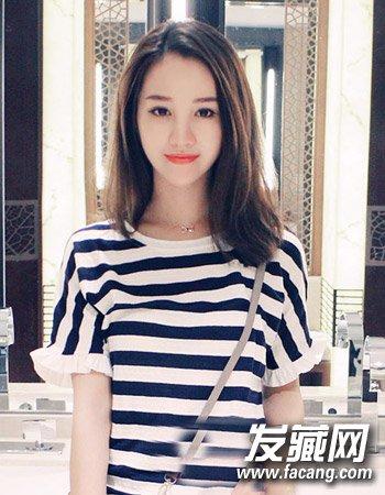 发型网 女生发型 女生长发发型 > 2015韩式中长发图片 2015韩式发型中图片