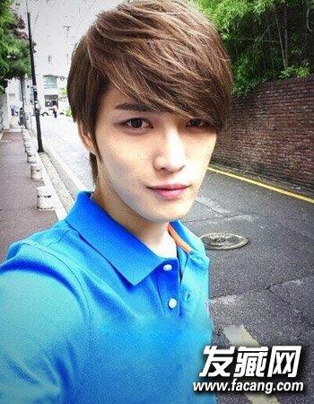 发型网 男生发型 韩式男发型 > 男生小清新发型图片 时尚的短发烫发发图片