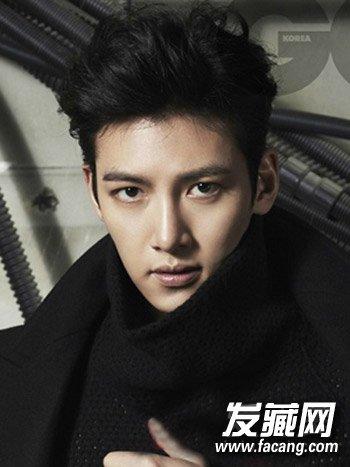 刘海搭配帅气非凡(8)  导读:男生韩版短发八 清爽的背头发型的设计图片