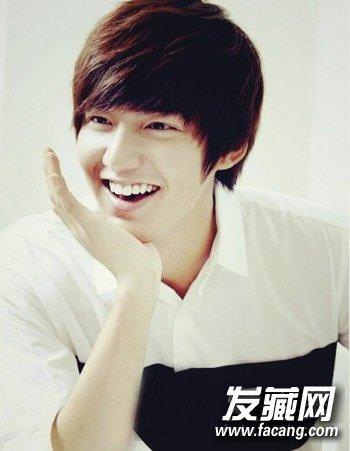 男生适合剪平刘海吗?时尚的韩国男生发型设计(3)图片