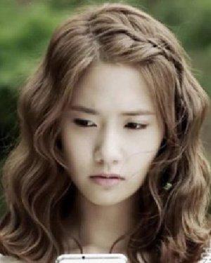 韩式的蛋卷头发型 发型该这么弄