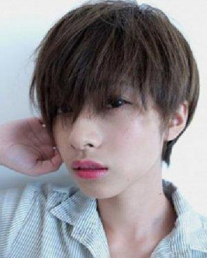 清爽的亚麻色短发发型 9款修颜显气质
