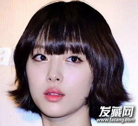 瘦脸又性感的齐耳短发 韩式齐耳短发烫发发型图片