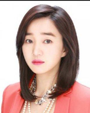 韩式知性中短发发型 9款短发专为OL设计