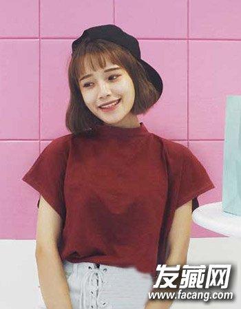 女学生适合剪的发型 女生十足粉嫩可爱感发型图片