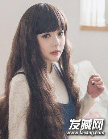 斜刘海小脸女生长卷发发型图片图片