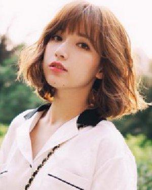 时尚韩国中短发烫发发型 清新时尚不老气图片