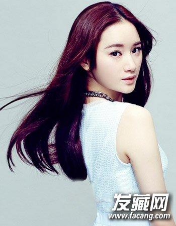 发型网 女生发型 女生长发发型 > 2015流行中长发图片 小圆脸与气质的图片