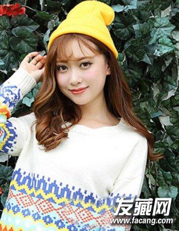 漂亮刘海长发发型推荐 →十足的甜美可爱萌妹范儿 换空气刘海留住少