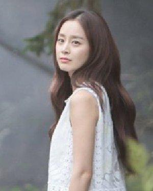 金泰熙孔孝真发型盘点 韩星示范永不落伍的长发