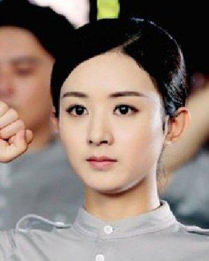 曝光的人物定妆照 赵丽颖陈乔恩演绎年代发型