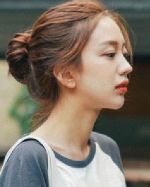 韩式包包头发型图片 清爽盘发发型