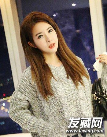 烫发发型图片      一款很简单的女生超萌发型,清新飘逸的长 直发造型图片