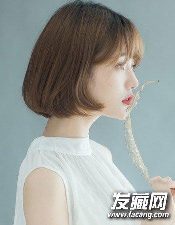 a发型的中短发发型最新做好韩国发型女生女生流行吗服务员图片图片