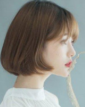 柔顺的中短发发型 最新流行韩国女生发型图片