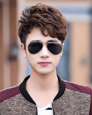 男生阳光帅气的短发 阳光帅气男生短发发型