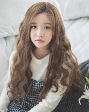 五款韩式甜美长发蛋卷头发型萌妹子大爱