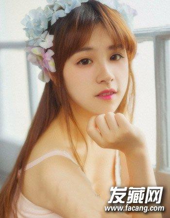 圆脸适合的发型图片 气质的中分公主半扎发发型(4)