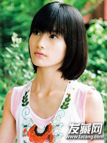 头发少更适合剪短发 蓬松中短发发型图片(9)