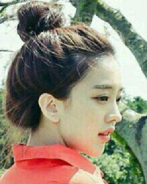 花苞头怎么扎好看 韩范十足的盘发发型