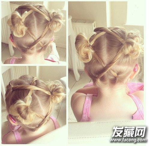 可爱小女孩风格的双丸子头