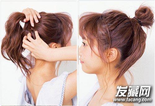 step  :用手将头发集中成高马尾,用手抓会让头发显蓬松一些.图片