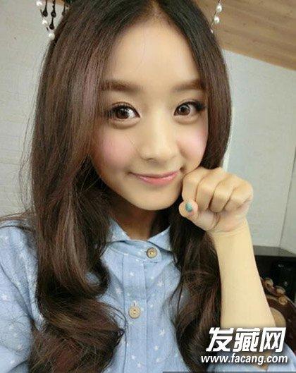 赵丽颖短发 齐刘海的造型 但并不是包子脸最佳发型(3)