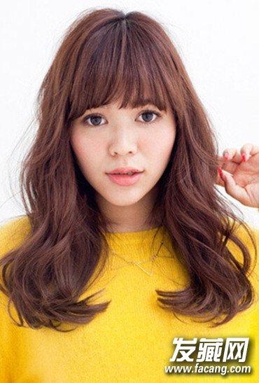 小脸女生适合的中长发发型图片精选(2)图片