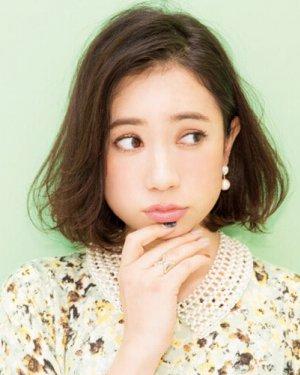 秋季剪款日系诚博娱乐平台,瘦脸减龄轻松搞定