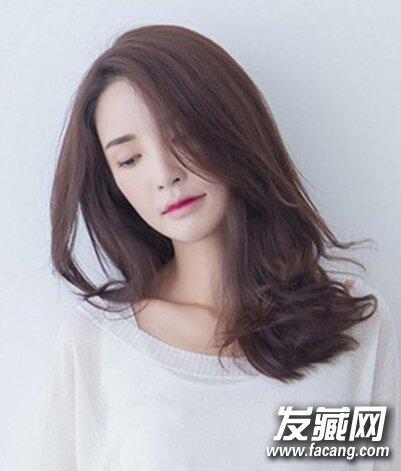 发型网 女生发型 中长发型