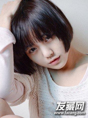 齐耳短发真的很漂亮 脸大女生就只能看看了 →最新圆脸发型设计 8图片