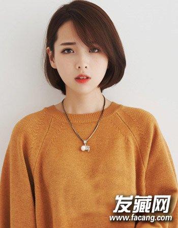 气质的中长卷发发型 女生最爱刘海发型图片(3)