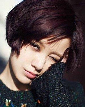 韩版女生短发发型齐耳